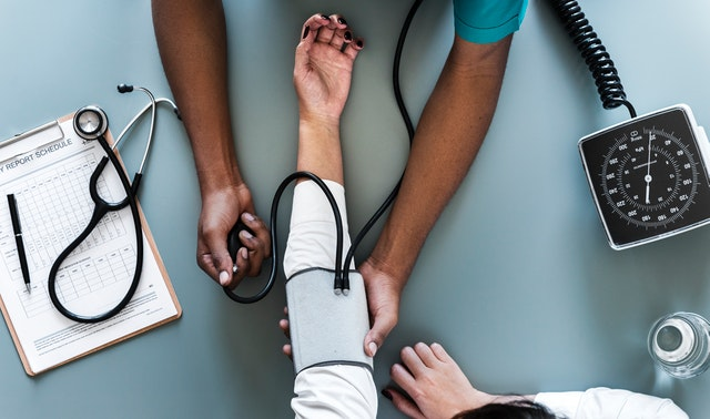 Women-medical-tests-test-risk-exam-age